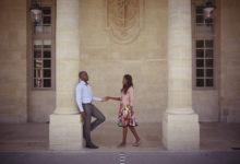 Photo de Stéphane et Raissa marchant l'un vers l'autre